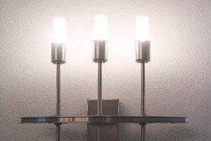 Innenbeleuchtung, Beleuchtung, Wandlampe, Glühbirne, Licht, Elektronik, Strom, Silber, Metall